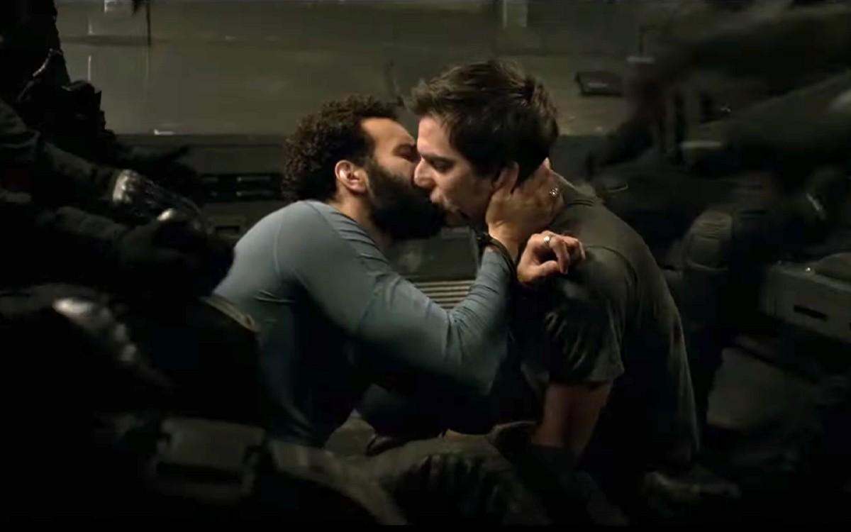 Un baiser gay dans « The Old Guard », le nouveau film Netflix avec ...