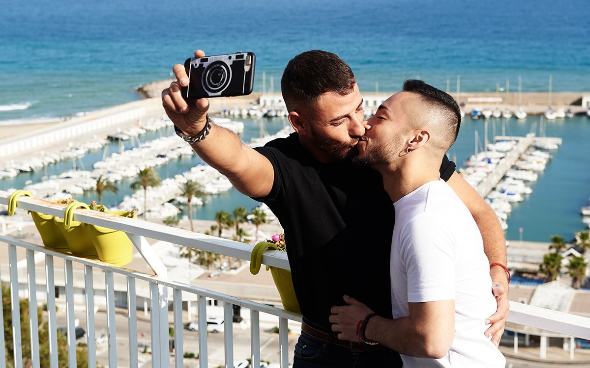 couple gay vacances